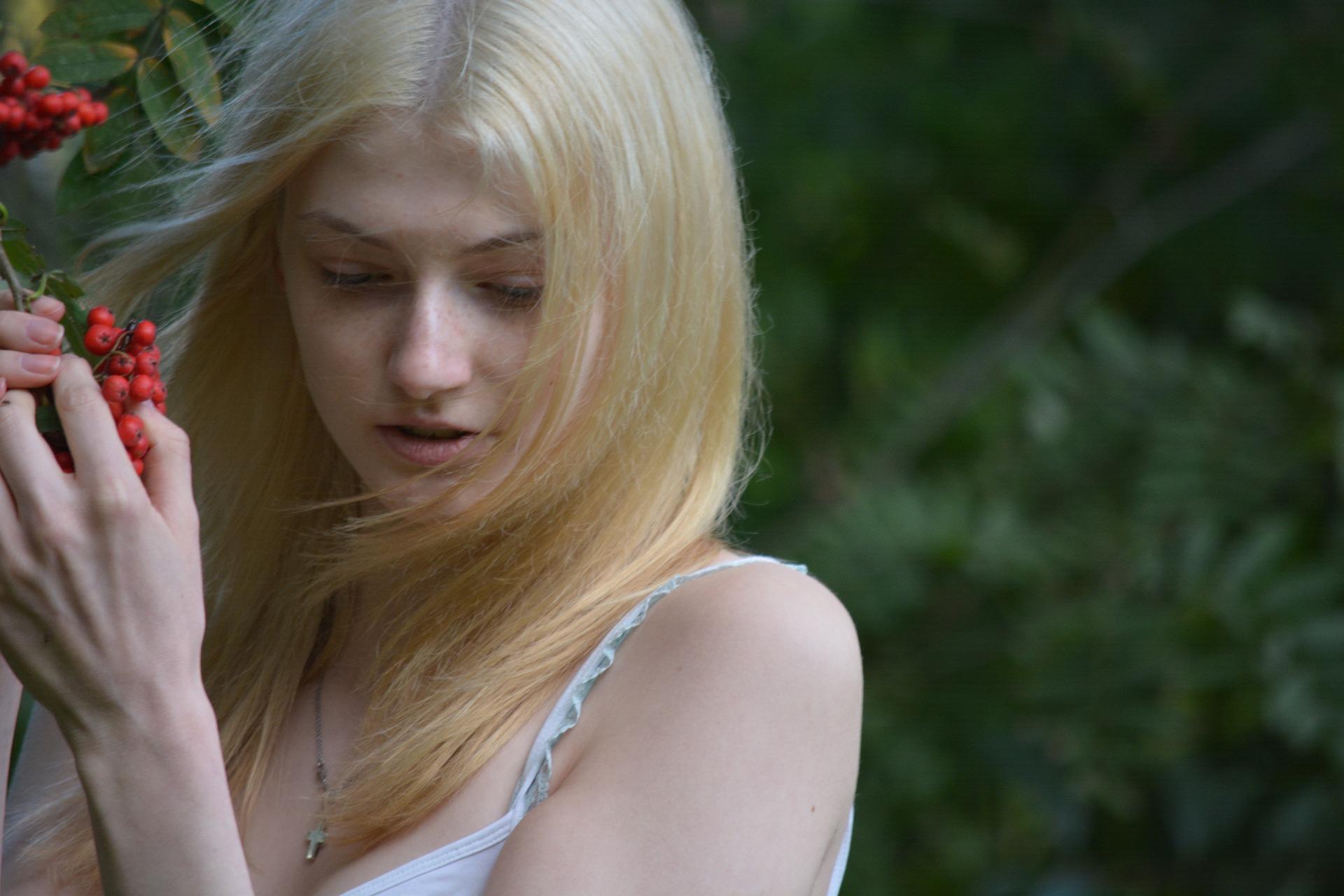 honey blond hair dye
