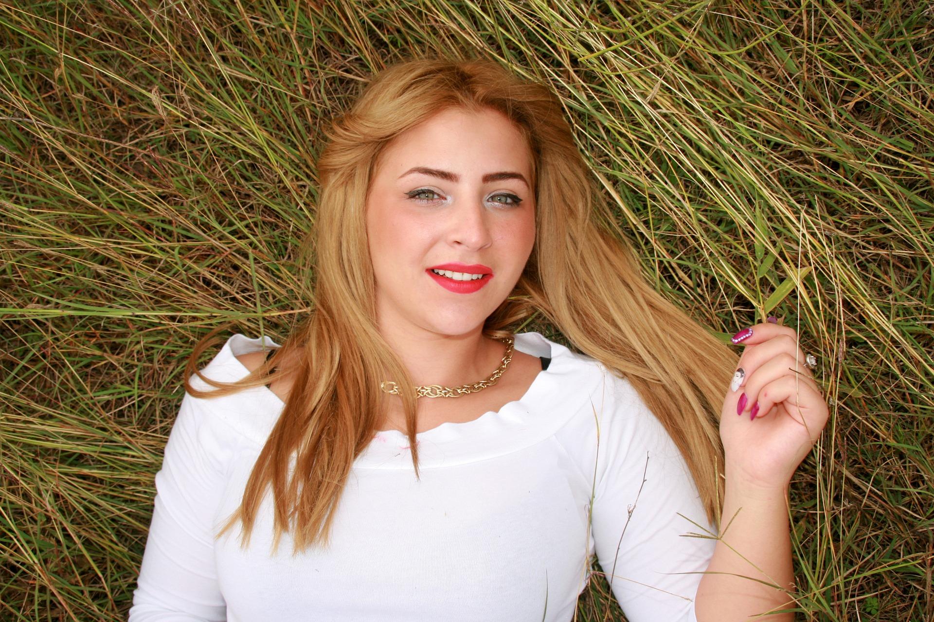 Honey Blonde Blonde Hair With A Warm Golden Glow